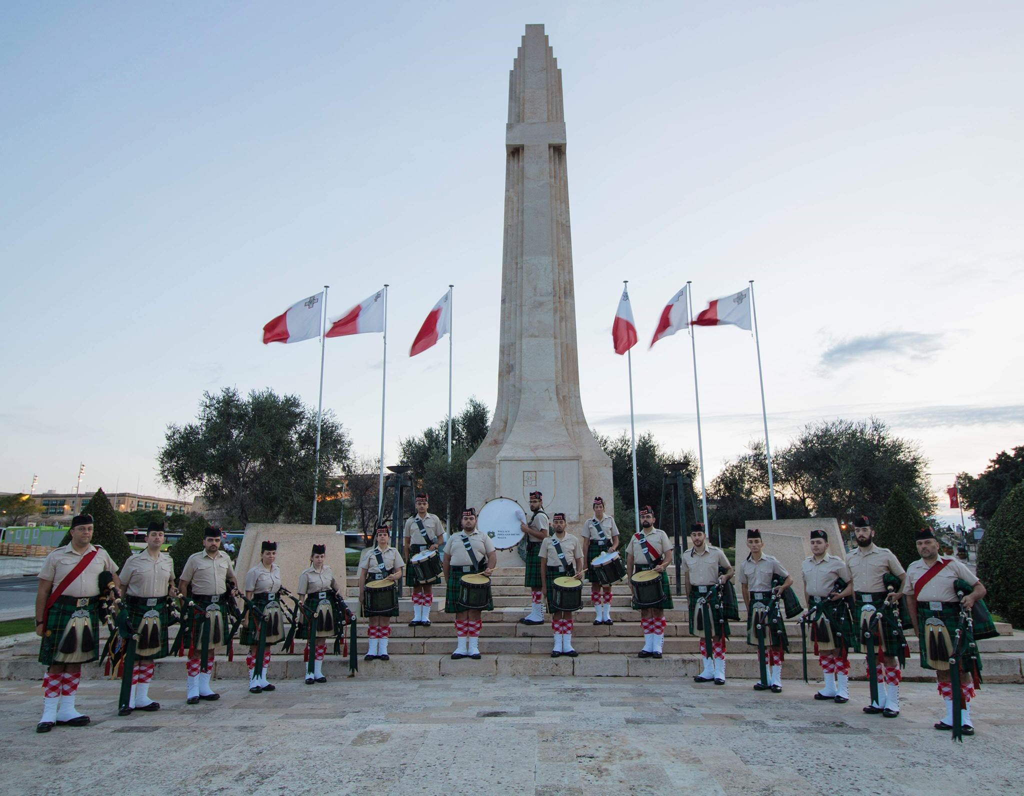 Wallace Pipes And Drums Malta